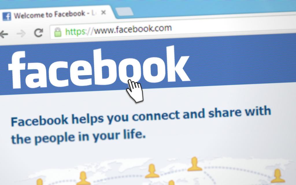 facebook ads : publicite sur le reseau social facebook dans le but de recevoir des visites sur votre site internet